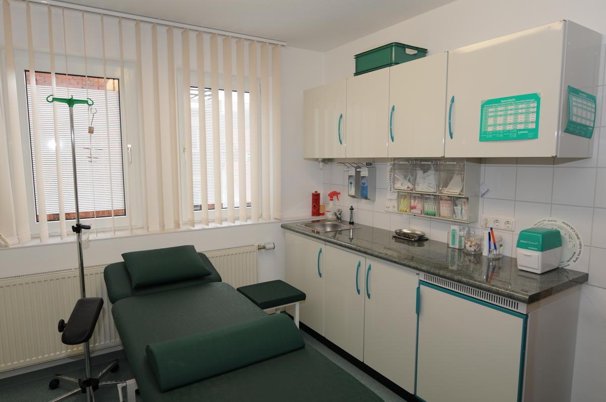 Labor und Gipsbehandlung